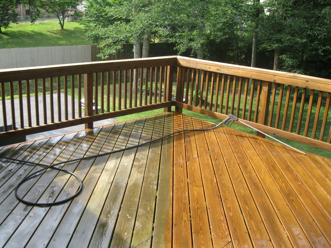 Capital City Powerwashing serves Richmond, VA with Deck and Fence Cleaning Service
